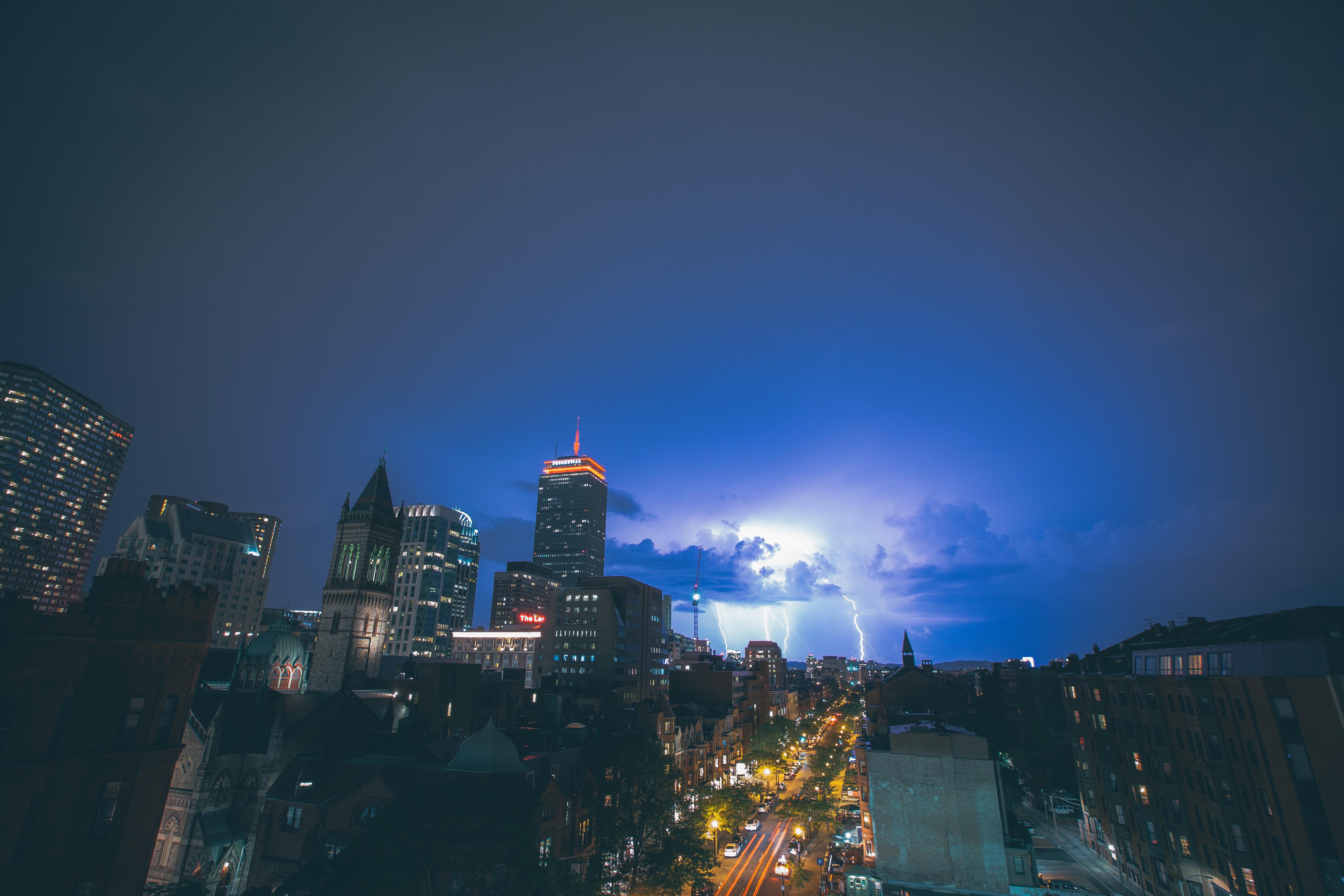 E thunder