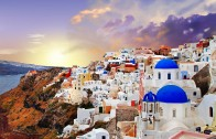In 2016 Head to Santorini Island For a Well Deserved Vacation