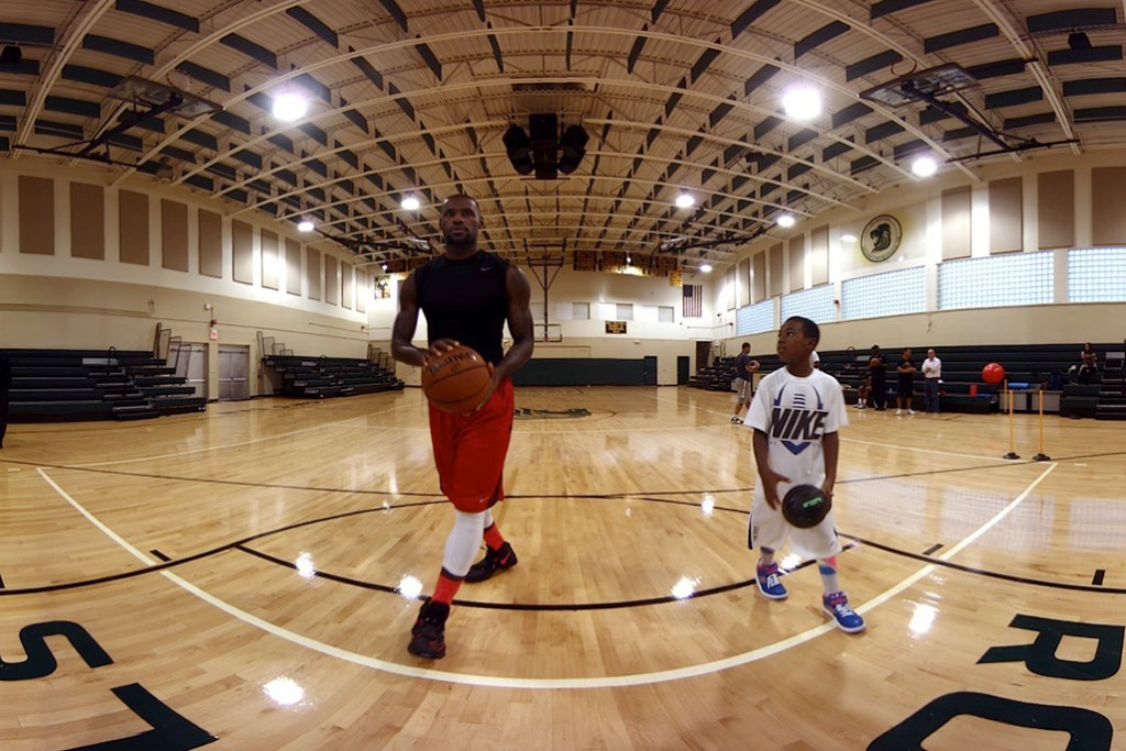 LeBron James Joins Oculus to Create a Virtual Reality Experience