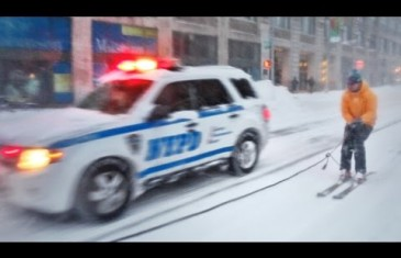 Snowboarding in New York City During the Blizzard Goes Viral