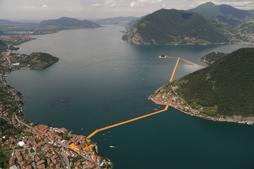 "Birdseye view of ""Floating Piers"""