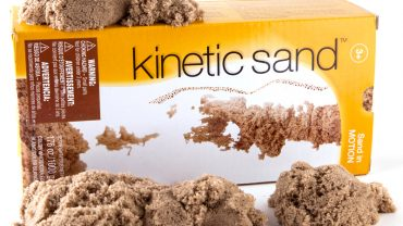 Kinetic Sand Sticks Together Like Play-Doh and Is a Great Stress Reliever