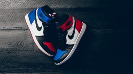air-jordan-1-retro-top-3-pick-02