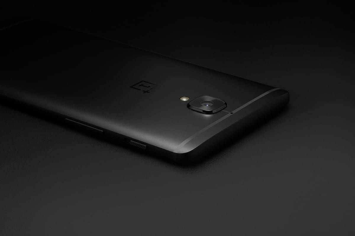 Limited Edition OnePlus 3T Midnight Black In Pictures 934 IMG 1588