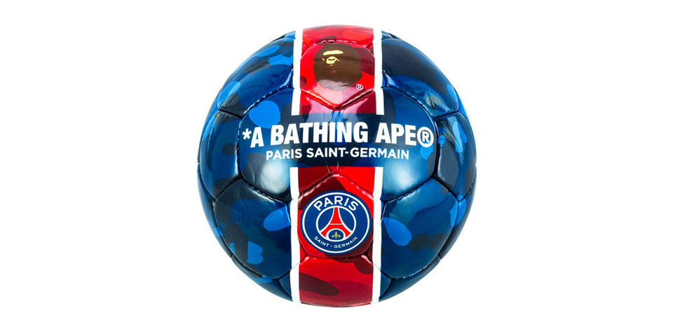 Paris Saint-Germain x BAPE CAMO Football